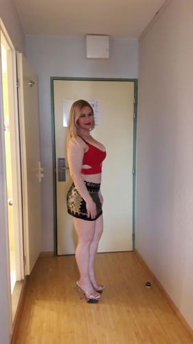 Hot Albanian Girl