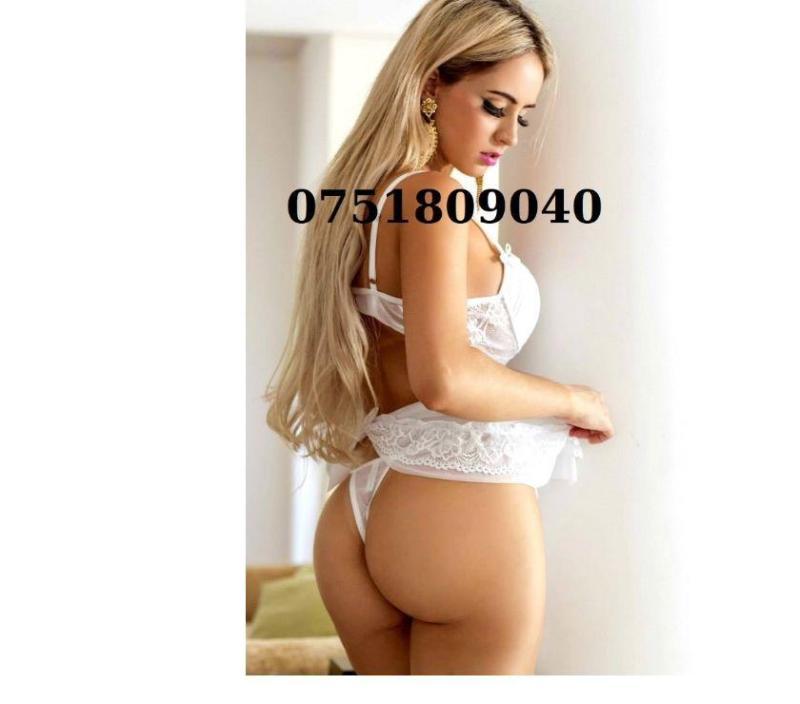 lesbienne lingerie escort girl yonne
